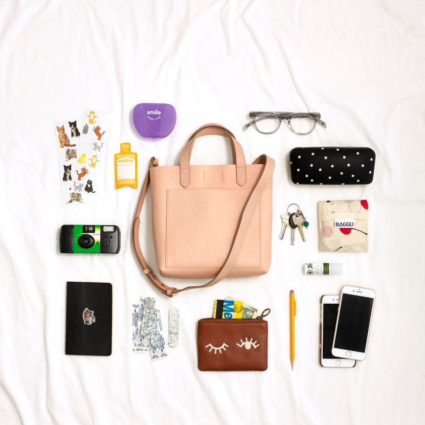 9ff991aa5 OK, SPILL: WHAT'S IN TEAM MADEWELL'S BAGS? | Madewell Musings ...